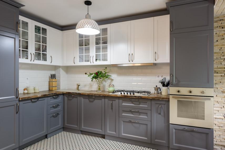 Szybki remont kuchni - jak zmienić fronty szafek kuchennych?