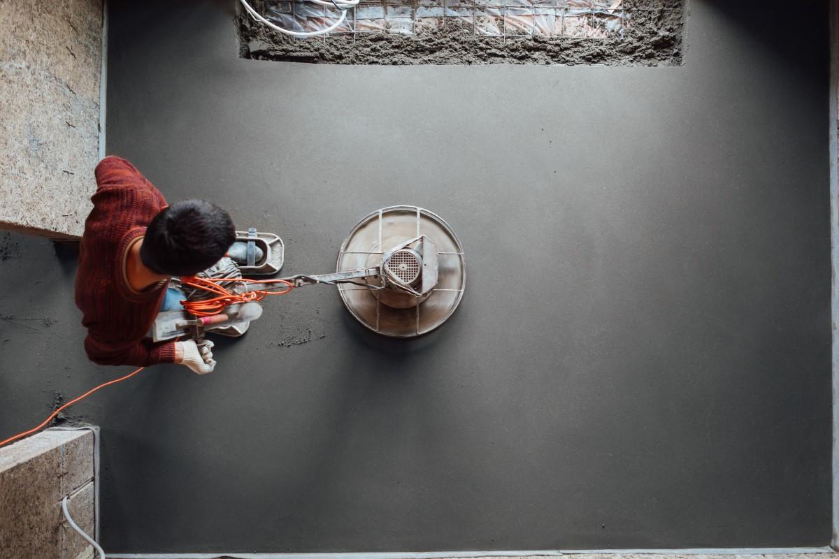 Jak zrobić betonową wylewkę?