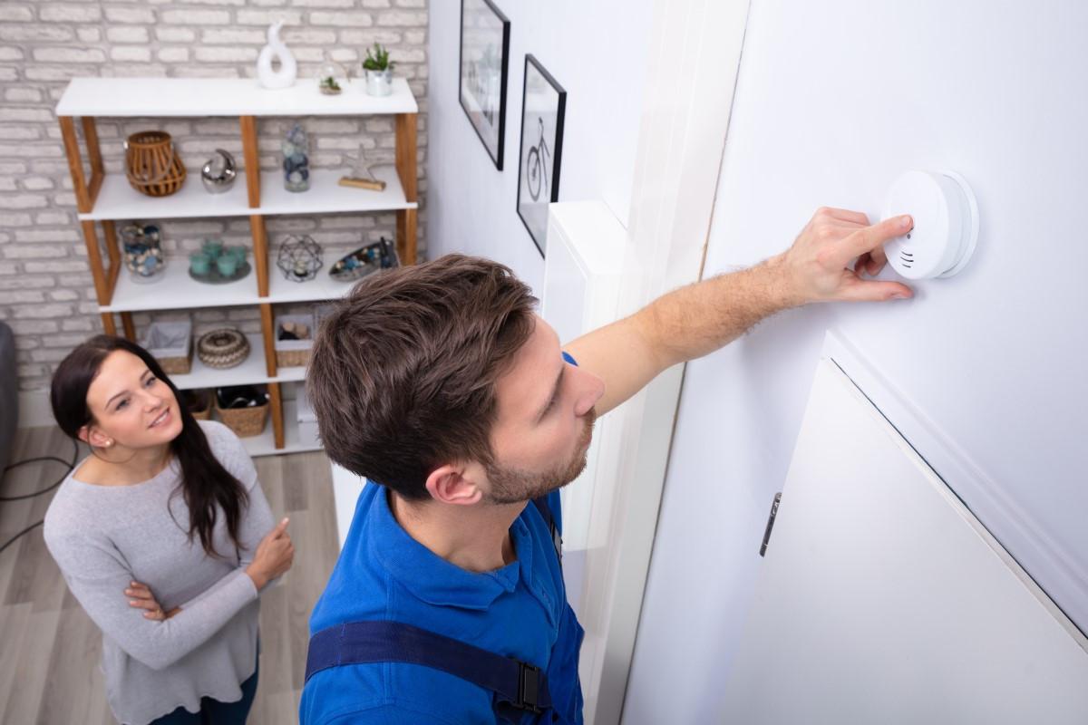 Jak i gdzie zamontować czujnik czadu w domu?