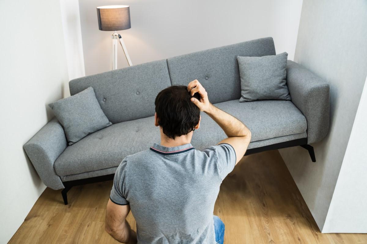 Jak praktycznie urządzić bardzo mały i wąski pokój?