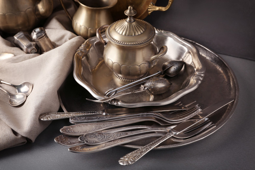 Jak skutecznie  wyczyścić srebro?