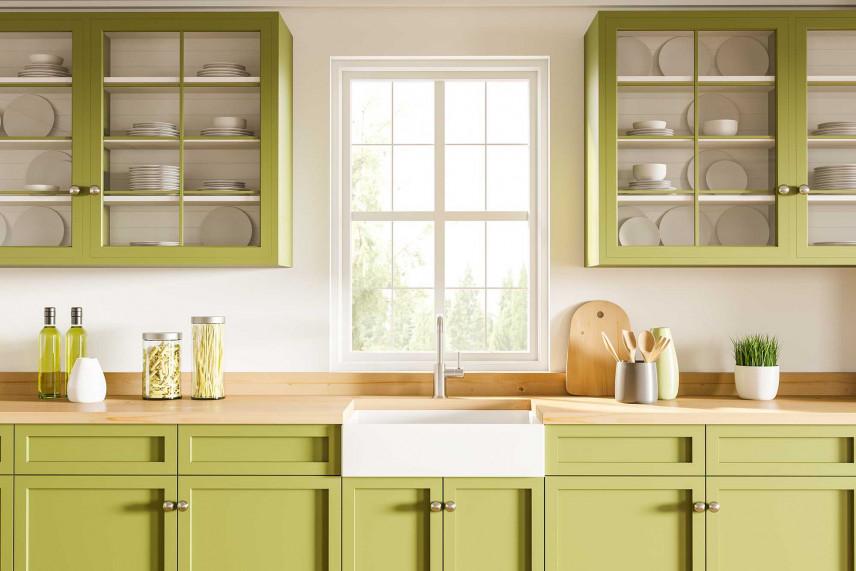 Kuchnia z meblami szklano-drewnianymi