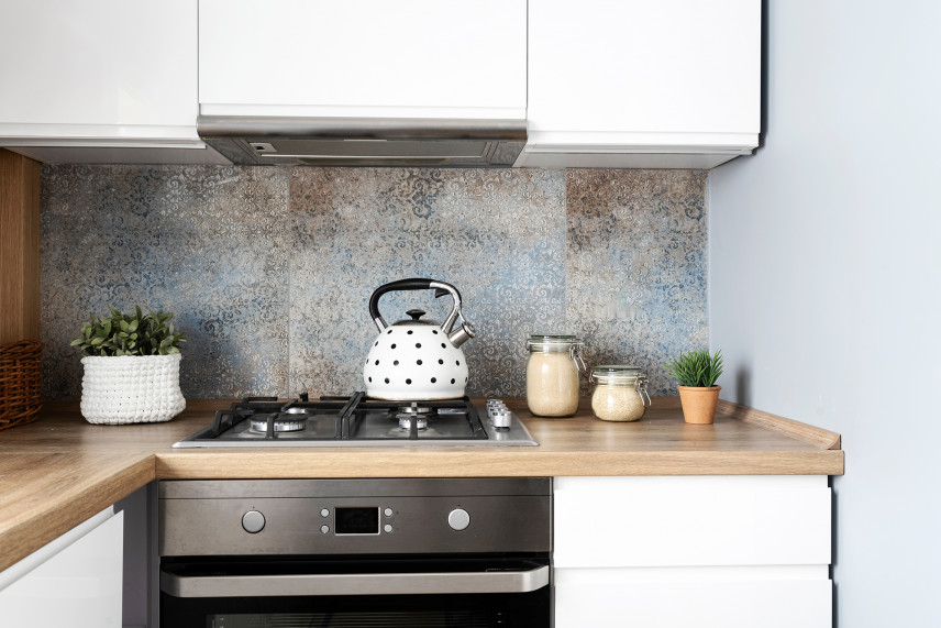 Mała kuchnia z mozaiką