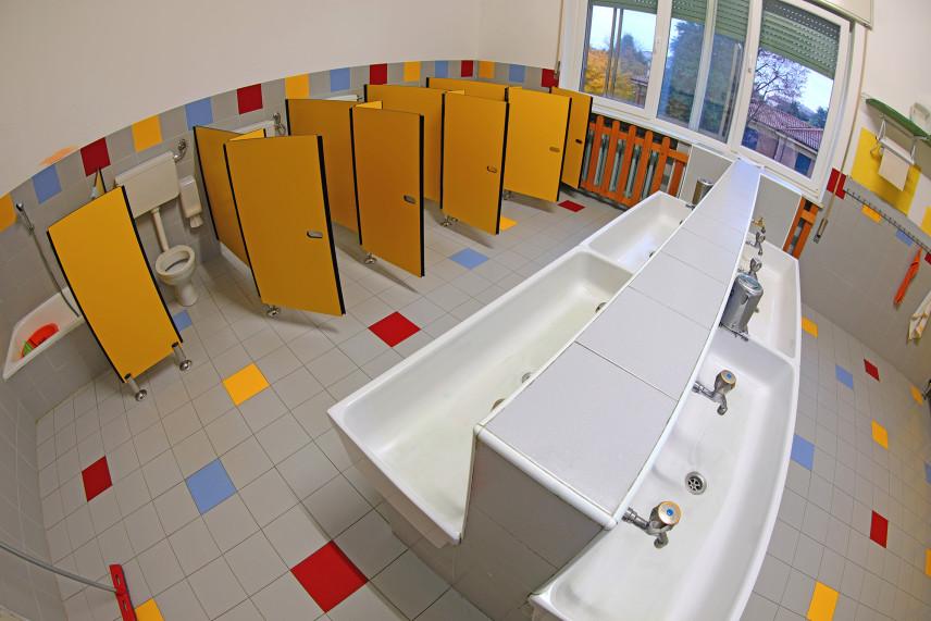 Duża łazienka dla dzieci