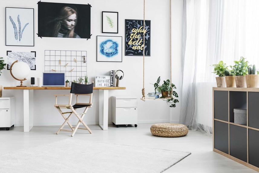 Kącik biurowy w pokoju