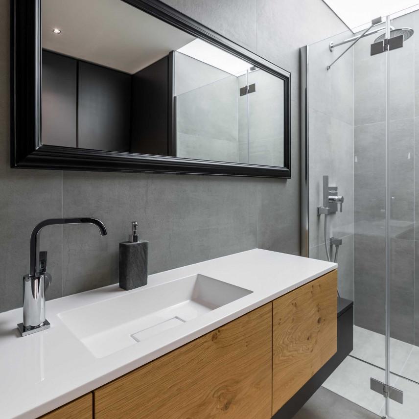 Łazienka szara w stylu skandynawskim