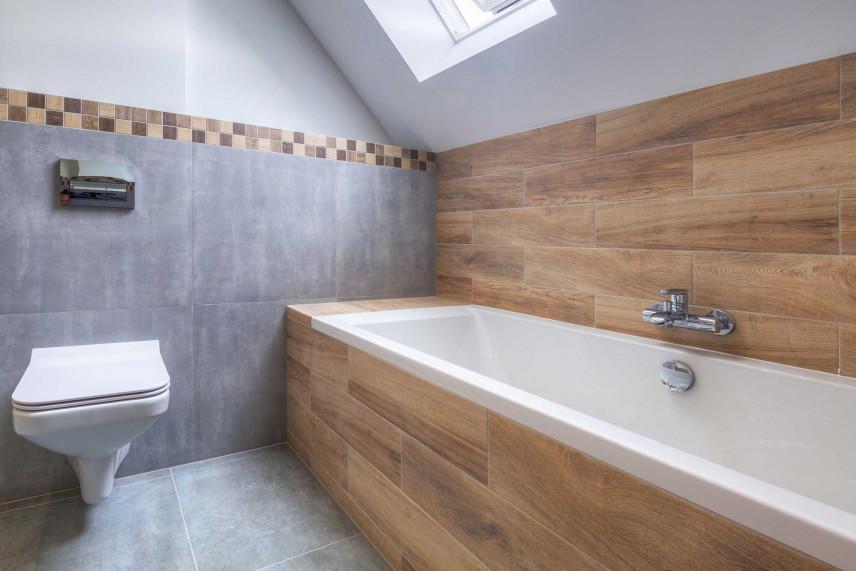 Łazienka szaro-brązowa