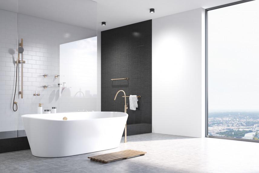 Biała łazienka z czarną ścianą