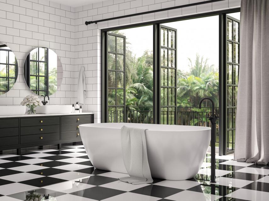 Łazienka z czarno-białą szachownicą