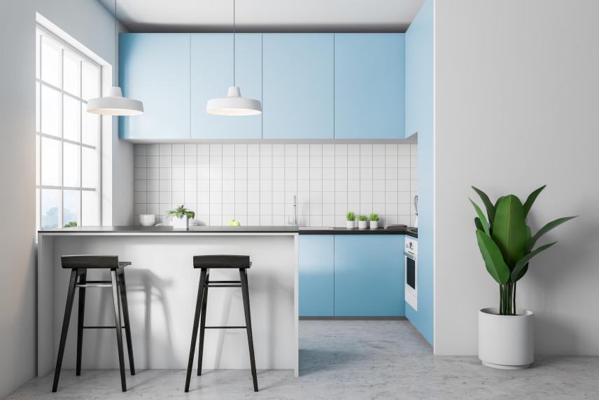Projekt biało-niebieskiej kuchni