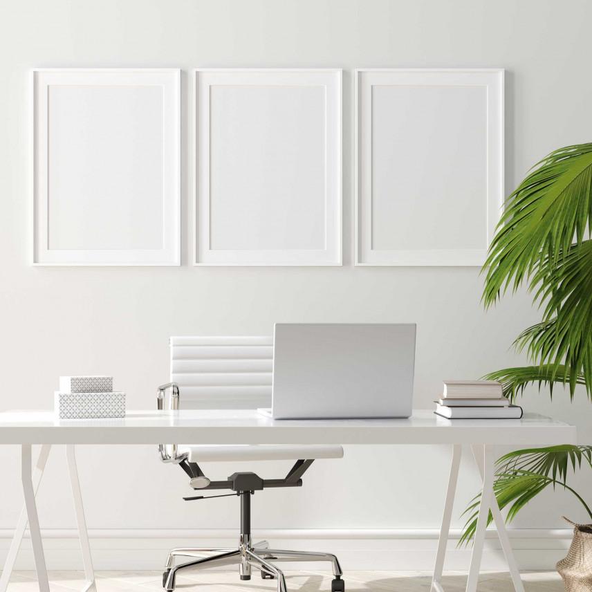 Białe biuro w domu.