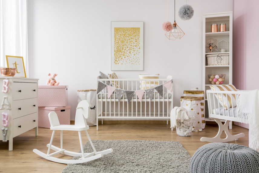 Aranżacja mebli w pokoju dla noworodka