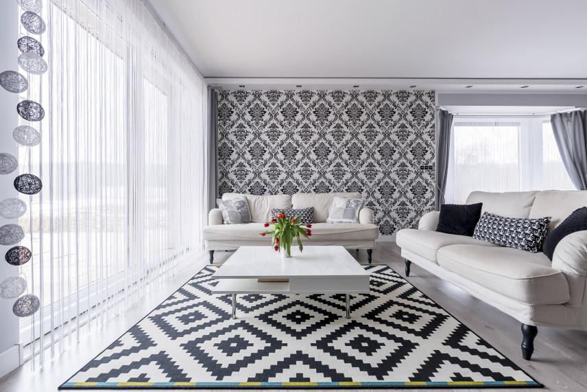 Stylowy czarno-biały salon