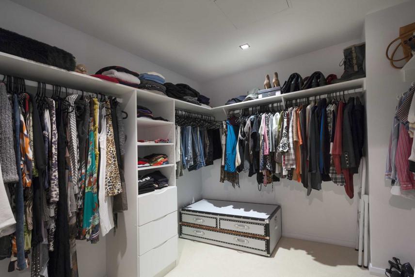 Narożna garderoba