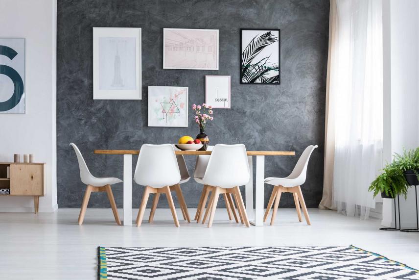 Jadalnia z prostokątnym stołem