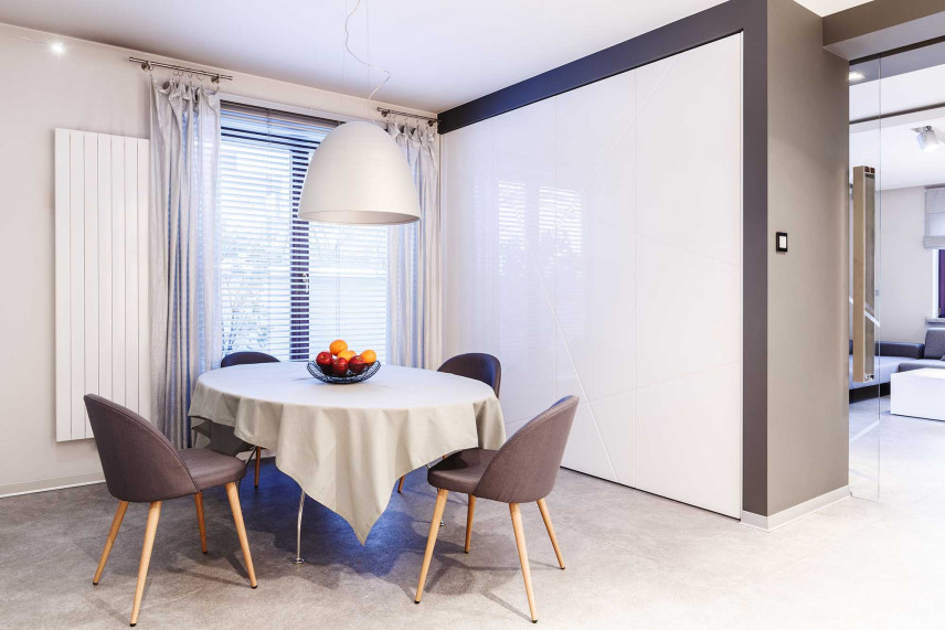Projekt salonu z okrągłym stołem