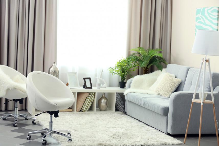 Stylowe fotele w salonie