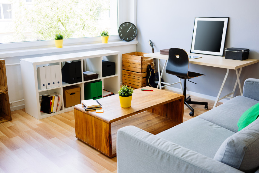 Salon połączony z biurem