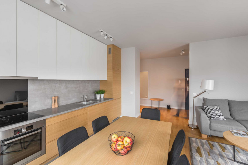 Salon z jadalnią i kuchnia