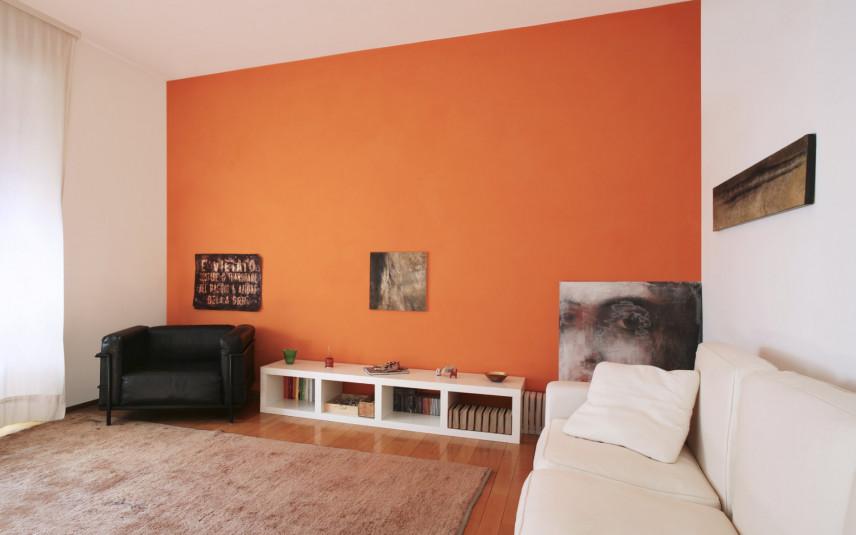 Pomarańczowy kolor ścian