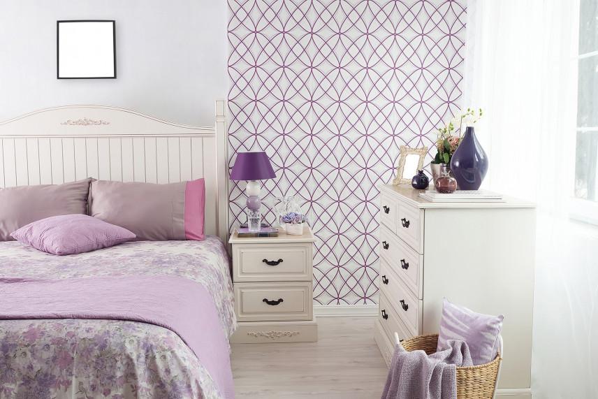 Biało-fioletowa sypialnia