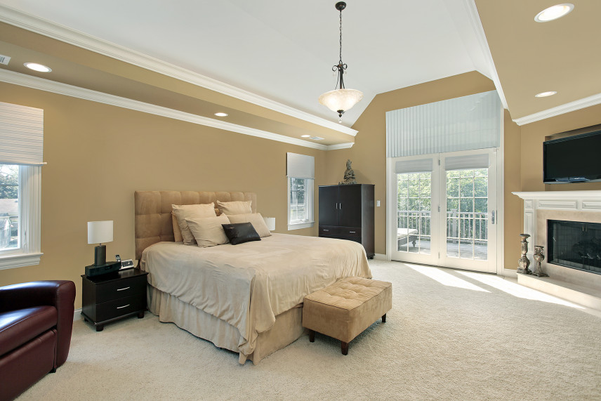Beżowa sypialnia