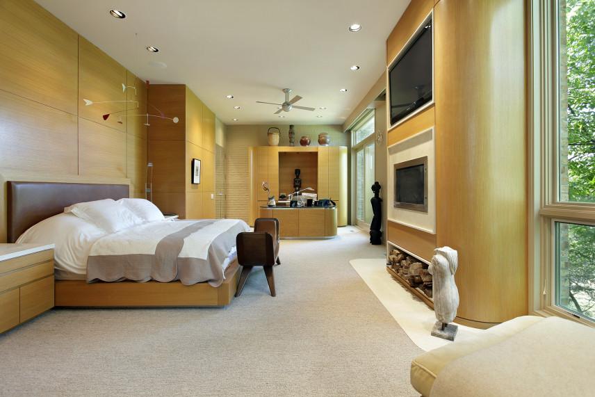 Sypialnia z telewizorem
