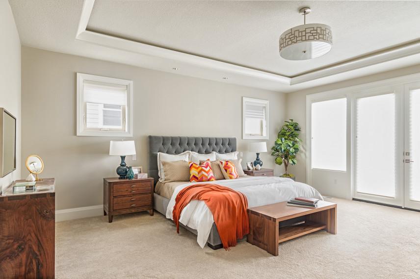 Aranżacja sypialni z wykładziną