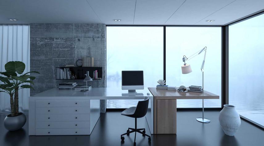 Przestronne biuro z dużymi przeszkleniami