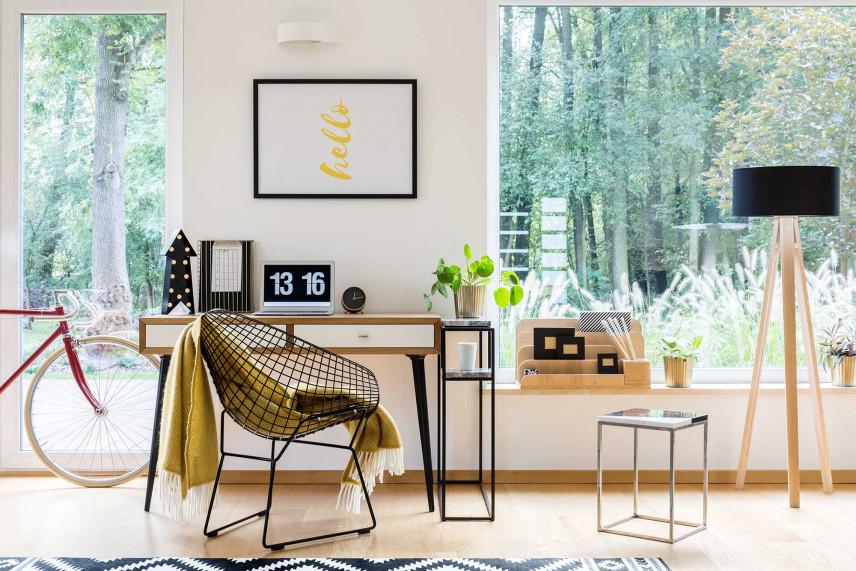 Mała przestrzeń biurowa w domu