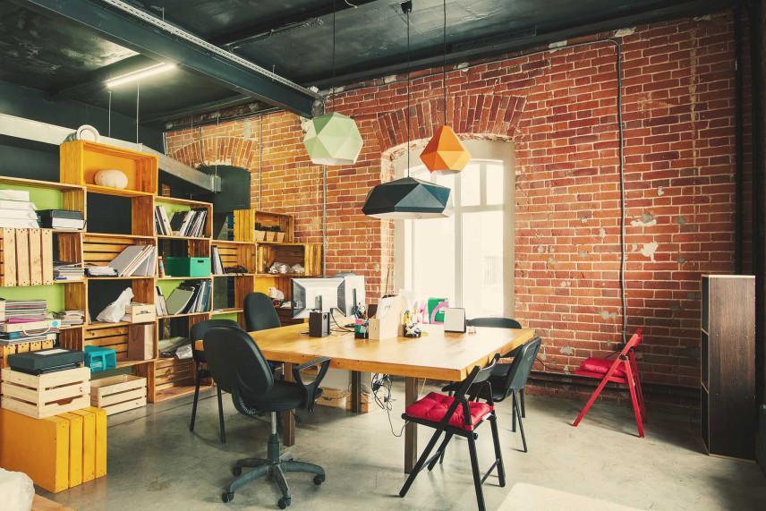 Duże biuro w kamienicy