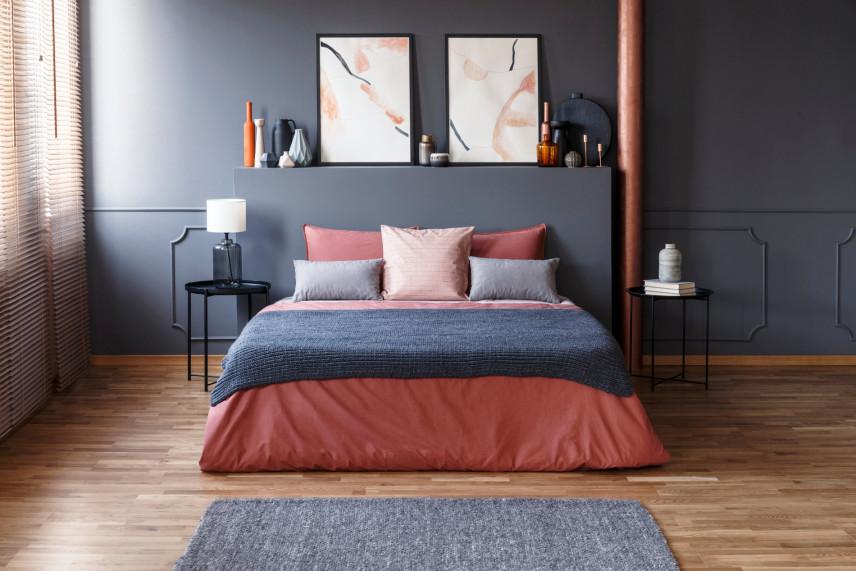 Sypialnia średniej wielkości