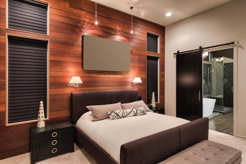 Projekt sypialni ze ściana z drewna