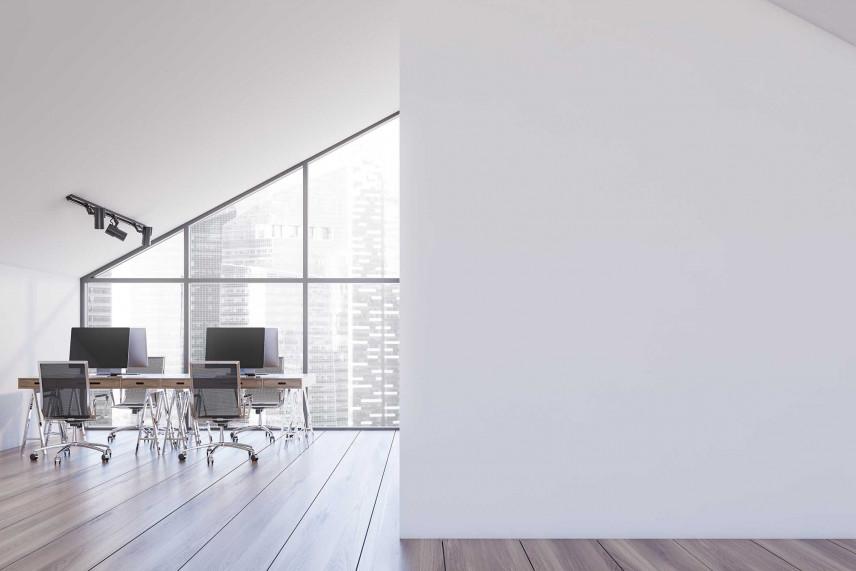 Duże biuro na poddaszu