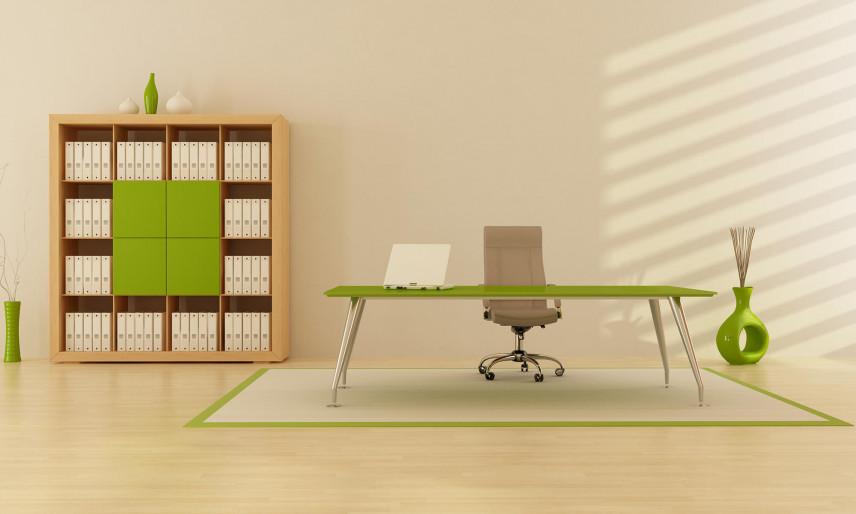Nowoczesny gabinet z zielonym biurkiem