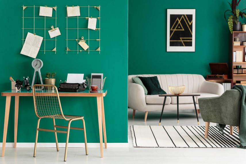 Modna zieleń w biurze w domu