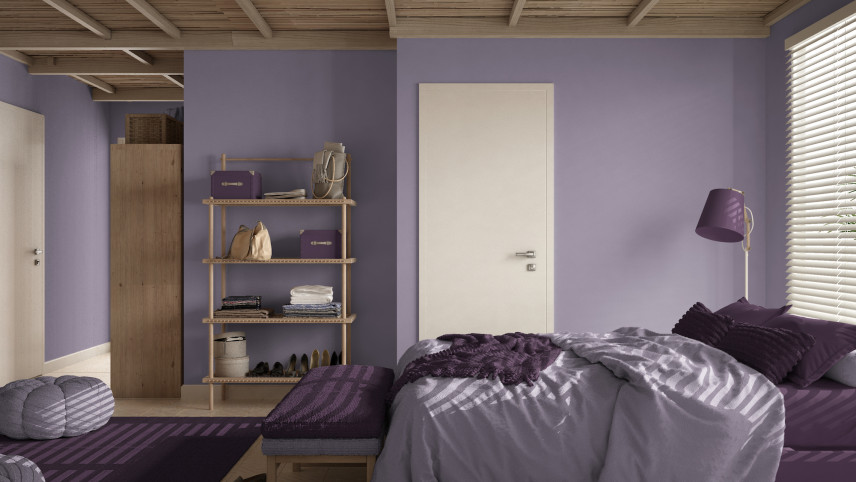 Przytulna sypialnia w fiolecie