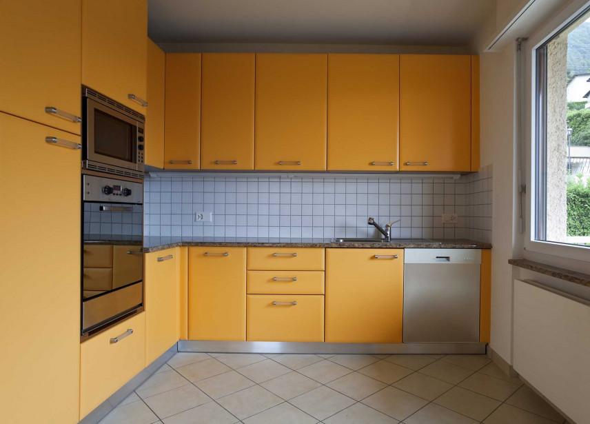 Kuchnia w kolorze żółtym
