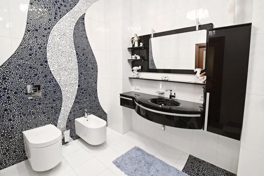 Stylowa czarno-biała łazienka