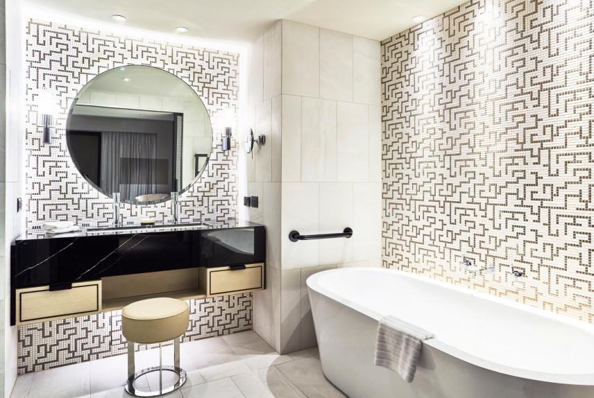 Nowoczesna łazienka z geometryczną mozaiką