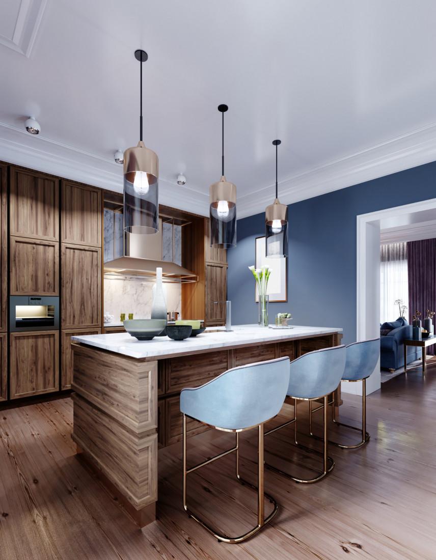 Niebieska kuchnia z drewnianymi dodatkami