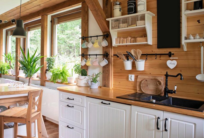 Aneks kuchenny w stylu rustykalnym