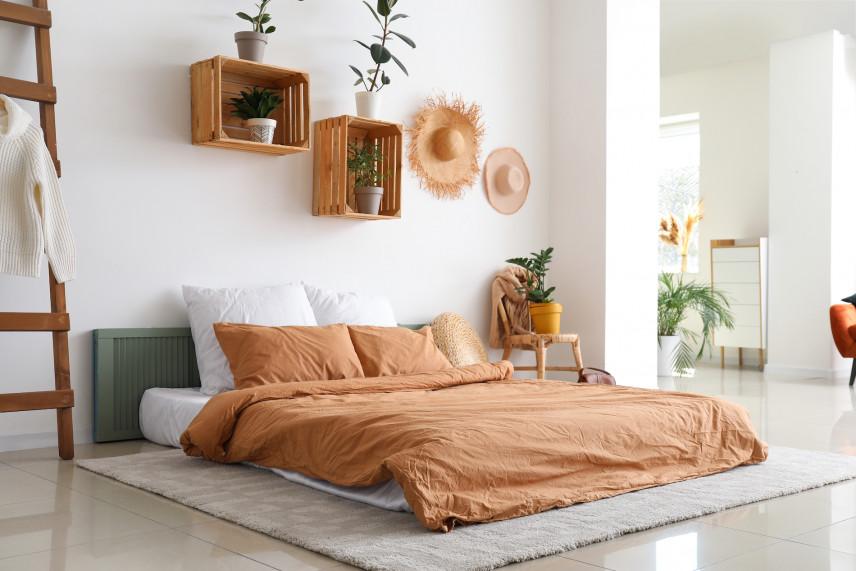 Modne półki drewniane na ścianie