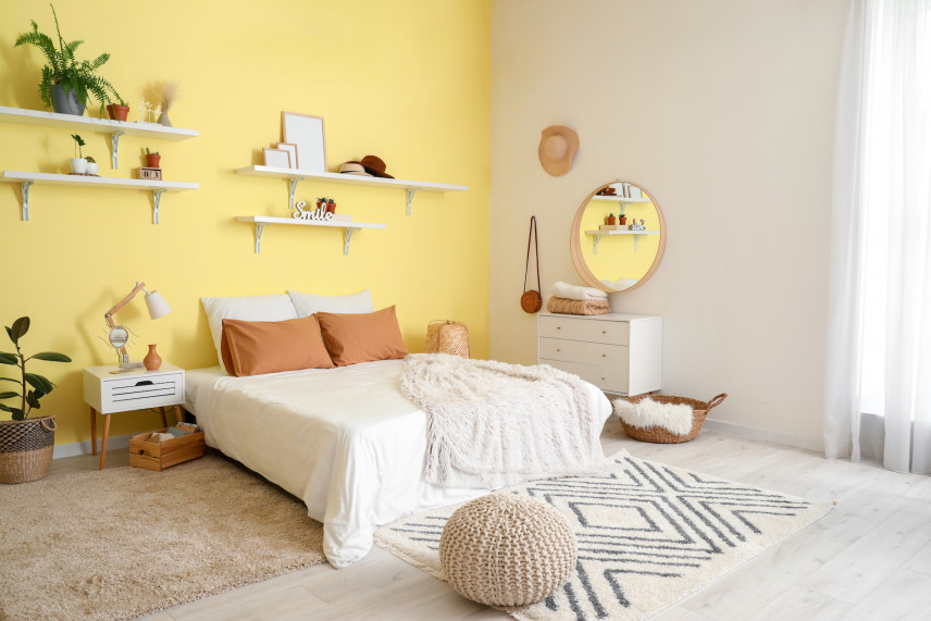 Aranżacja sypialni w kolorze  żółtym