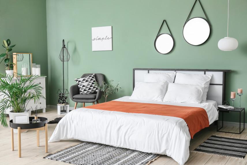 Modne lustra jako dodatek na ścianie