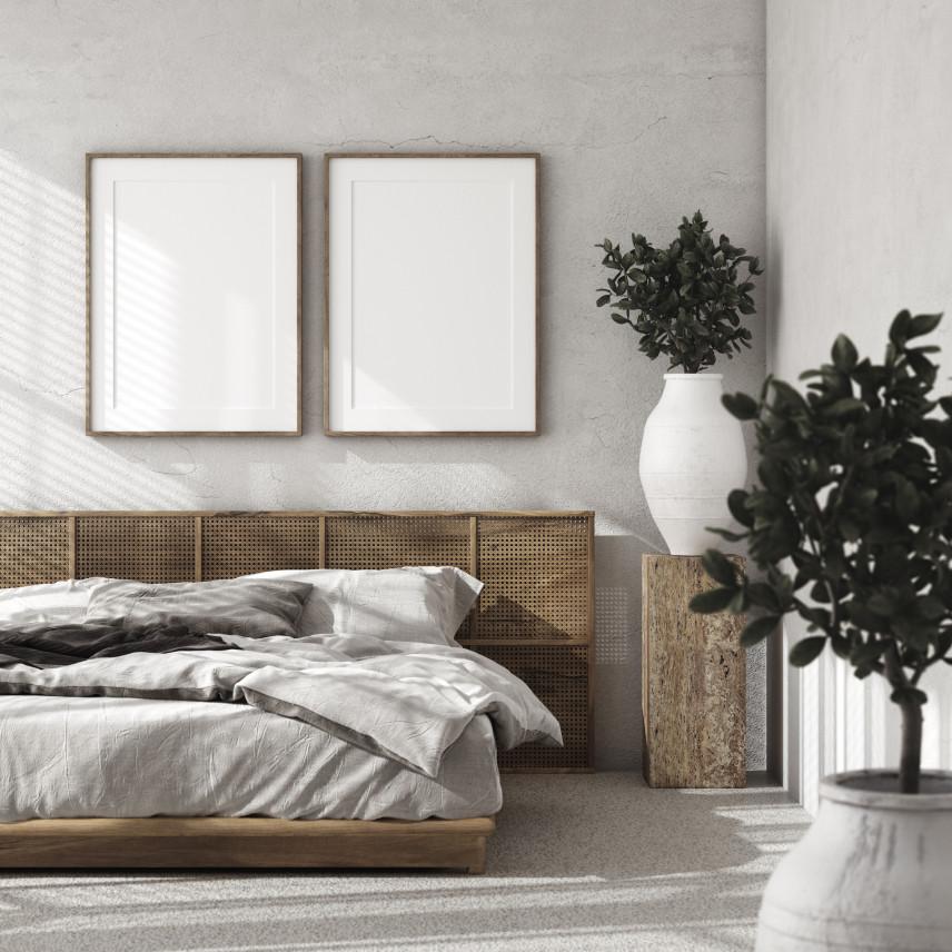 Wysokie, betonowe ściany w sypialni
