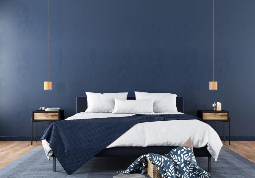 Sypialnia w granatowych odcieniach