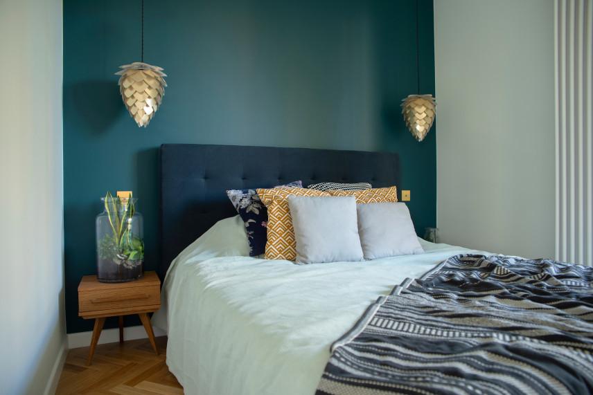 Nowoczesna, mała sypialnia