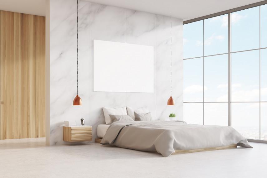 Sypialnia z dużym oknem