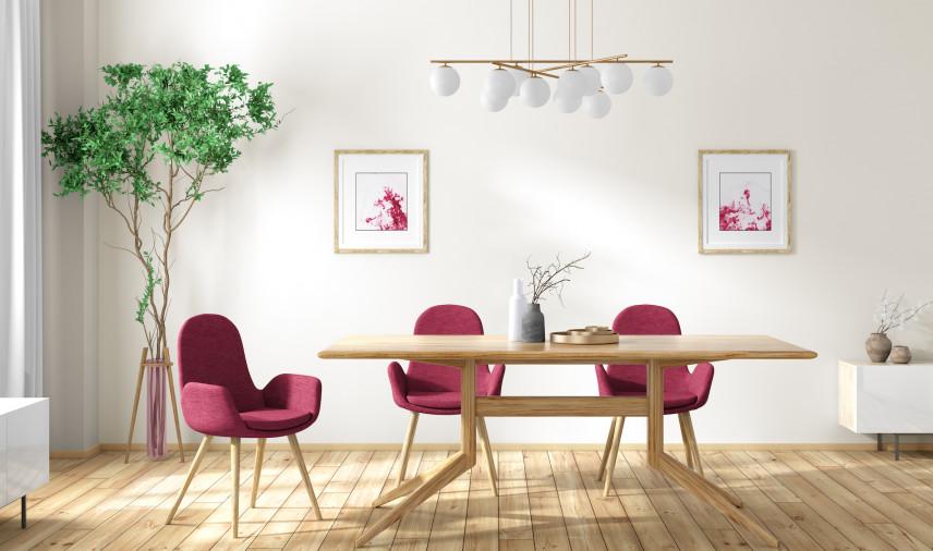 Projekt jadalni z różowymi krzesłami